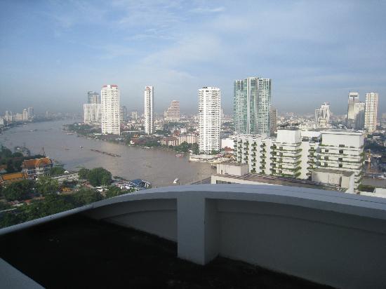 Centre Point Hotel Silom: вид с балкона