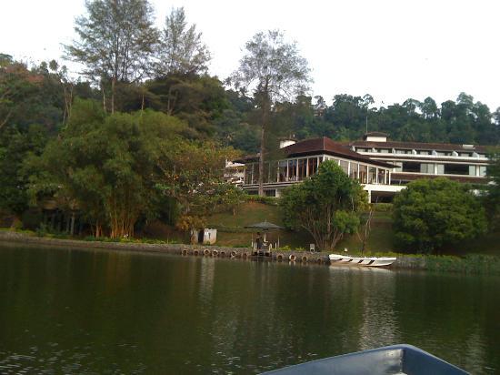 Cinnamon Citadel Kandy: l'hotel dal fiume