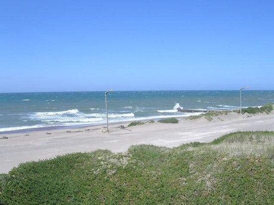 Necochea, Argentinien: vista del hotel atlantico d una d mis ventanas
