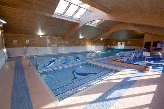 Oulton Broad, UK: Indoor heated pool open all year.