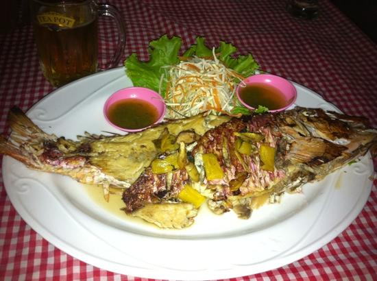 Banana Garden Home: Banana serve up a really tasty fresh fish (BBQed or fried with yummy garlic based sauce) every e