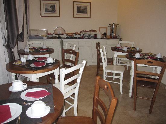 Hotel Le Clarisse al Pantheon: salle du petit-déjeuner provisoire (la salle définitive était encore en travaux)