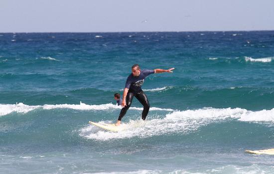 Homegrown Surfschool: Marzu