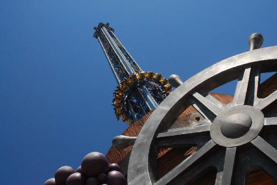 Miragica - Terra di Giganti: perbacco miragica parchi divertimeto puglia