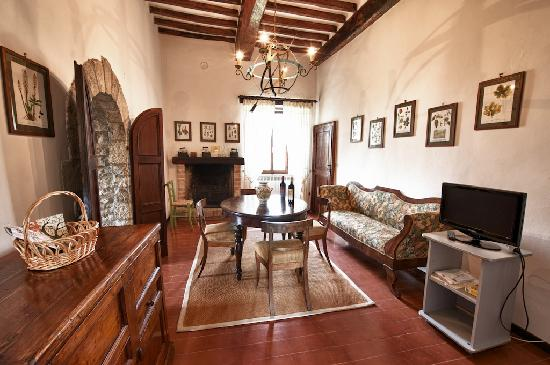 Le Torri Di Bagnara : The Tower apartments living room