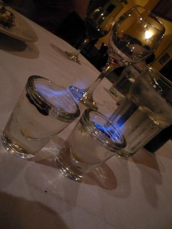 Tutti Santi Ristorante Italiano: Complimentary Sambuca con mosca drinks  ....yum!!