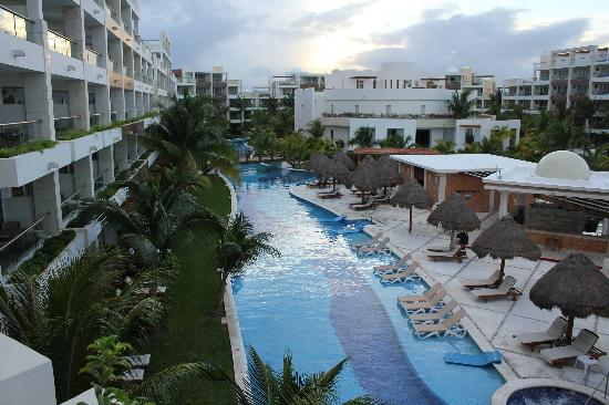 Excellence Playa Mujeres: nice pool view