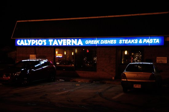 Calypso's Taverna: The shot at night