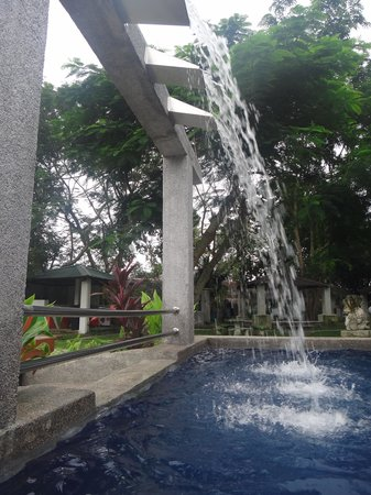 Green Village Langkawi: The mini waterfall