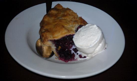 The Bank Gastropub: Bumbleberry Pie!
