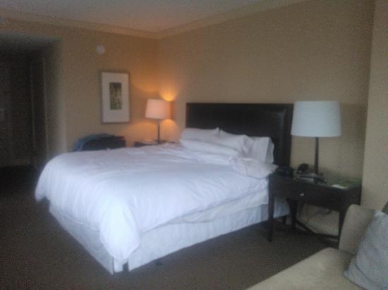 The Westin Bellevue: Heavenly bed