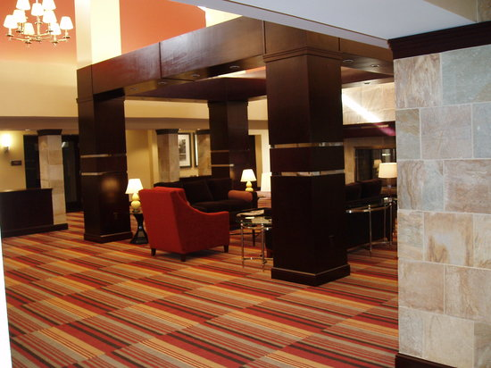 Sheraton Roanoke Hotel and Conference Center: Lobby