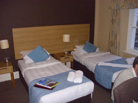 Trecarn Hotel : bedroom