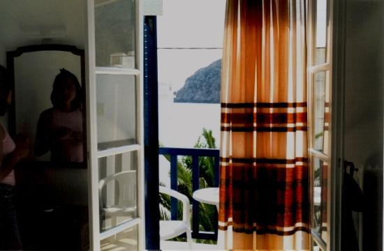 Adonis Hotel: από το δωμάτιο