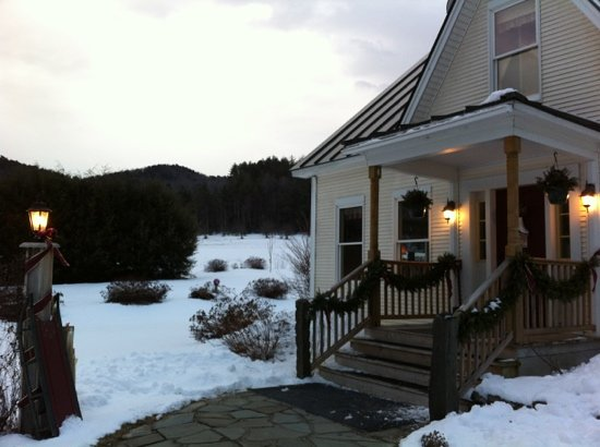 Antiqued Inn Time B&B: Antiqued Inn Time -a serene Vermont setting