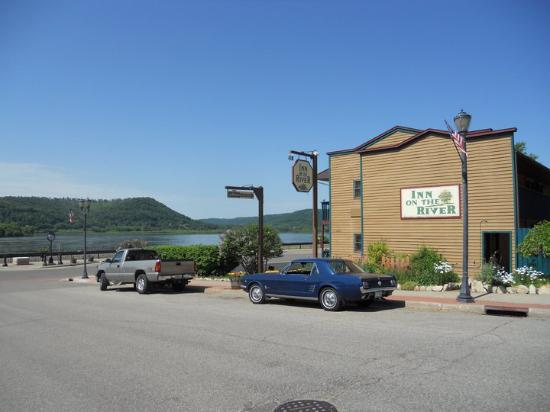 Inn On The River: Trempealeau, 2011