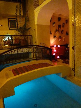 里亞德斯迪米摩恩飯店照片