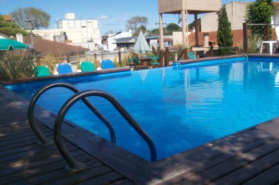 Hotel Don Carlos: Piscina del Hotel.