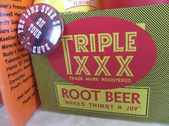 Triple XXX Family Restaurant: Real root beer.