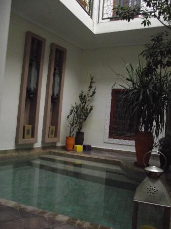 Riad Jardin des Reves: The lobby