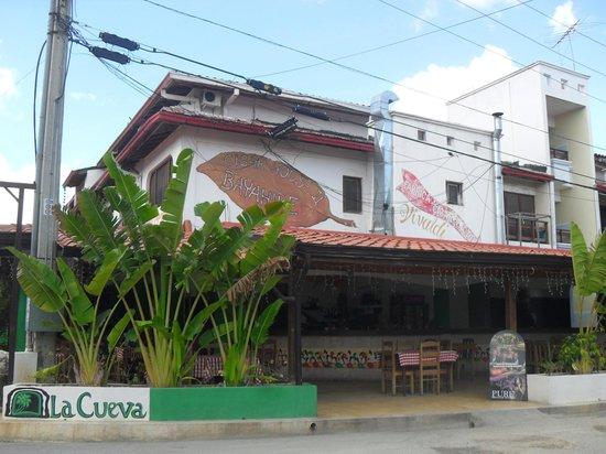 Restaurant la cueva bayah be fotos n mero de tel fono for Restaurante la cueva zamora