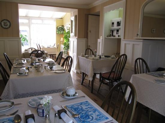 Belvedere Lodge: Breakfast room