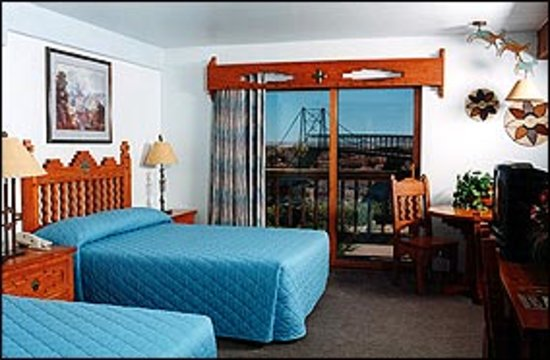 Cameron Trading Post Grand Canyon Hotel: Double Room