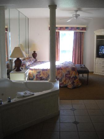Celebration, FL: Master suite