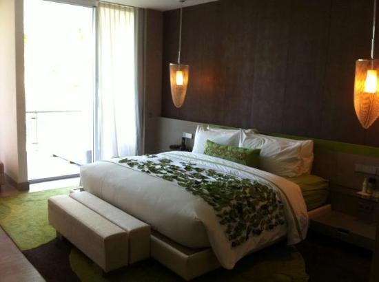 Room garden view picture of w bali seminyak for Garden rooms reviews