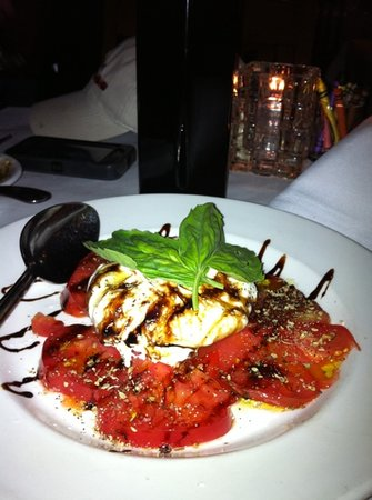 Giuseppe's Cucina Italiana: caprese