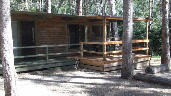 Lakes Entrance Log Cabins: Cottage