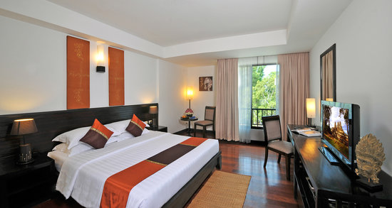 Tara Angkor Hotel: superior king bed