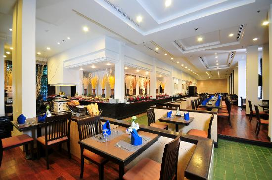 Tara Angkor Hotel: Breakfast
