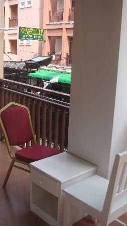 أريا بوتيك رووم: balcony from room 102