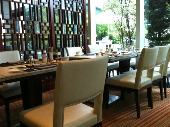 Conrad Hong Kong : Breakfast - Garden Cafe
