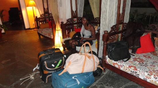 Kahama Hotel: No money no room 3 am in the morning