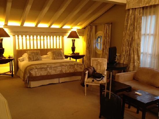 Hotel Iturregi: Suite Irurregi