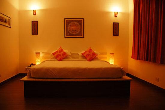 Shanti Home: Konark Room