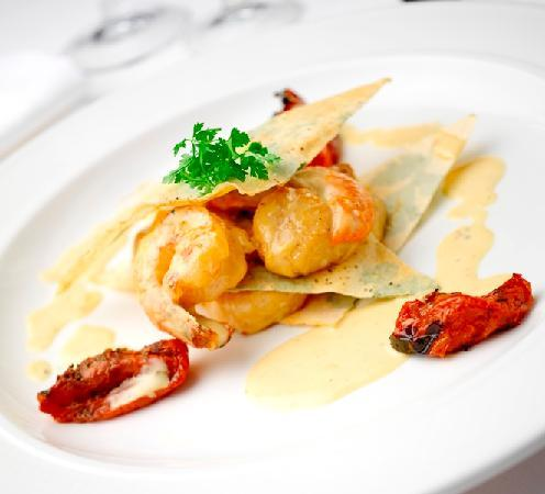 Brooks Restaurant: Scallops and Prawn Dish