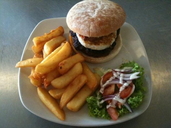 La Rustica: Australian Burger Meal