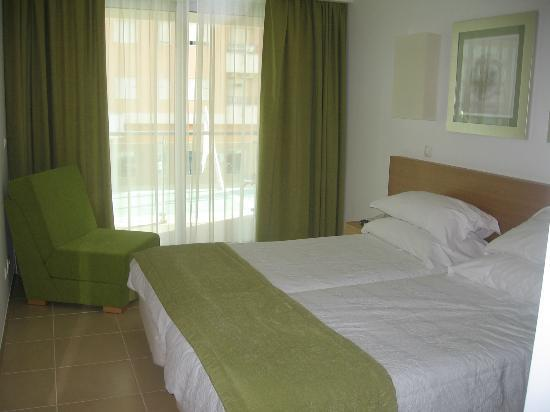 Monte Gordo Hotel Apartamentos & Spa: Bedroom