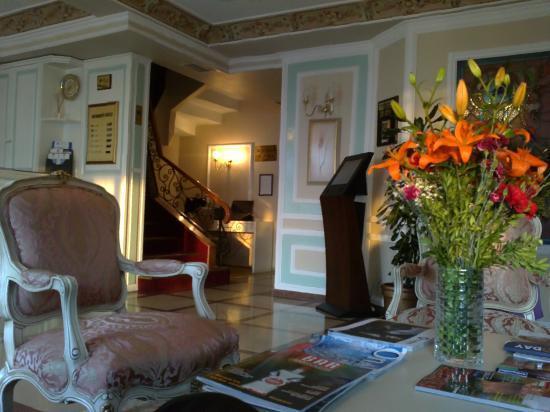 BEST WESTERN Citadel Hotel: lobby