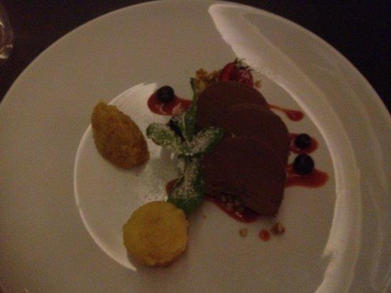 Glass Dining and Lounge Bar : dessert