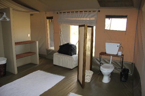 Naboisho Camp, Asilia Africa: toilet