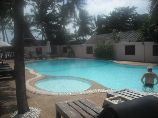 Samui Sense Beach Resort: Swimming Pool