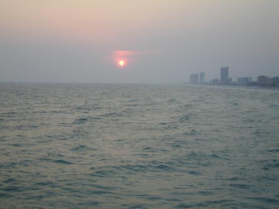 Whispering Seas : sunset