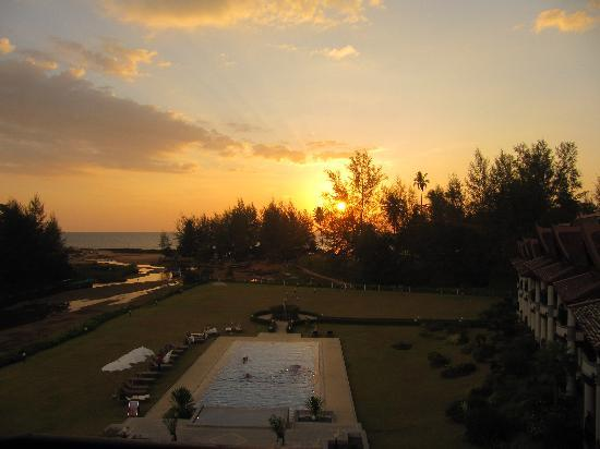 Khao Lak Riverside Resort & Spa: Sonnenuntergang
