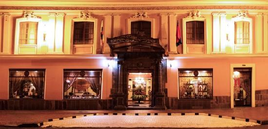 Hotel Patio Andaluz: Hotel Facade