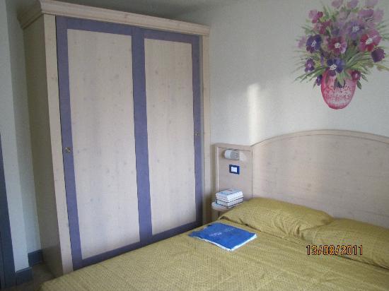 Camera A Ponte.Camera Matrimoniale Picture Of Residence Adamello Resort
