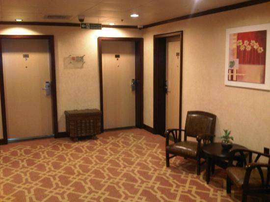 Marco Polo Hotel: Coridor